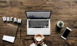 לפטופ, מחשב נייד, קפה